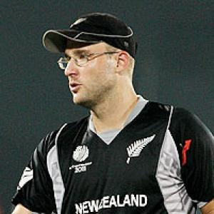 Vettori bogged down by non-performance of middle order