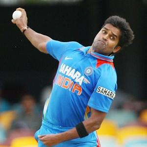 Vinay Kumar replaces injured Balaji in India T20 squad