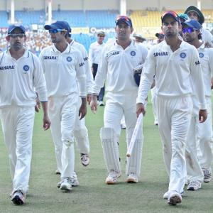 Team India Report Card: Dhoni, Tendulkar get 2/10