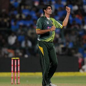 Tallest cricketer in the world is not dead!