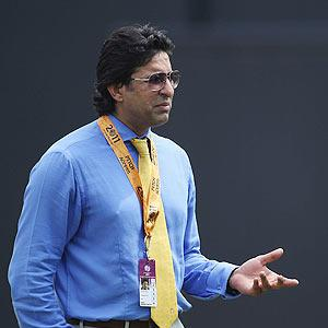 Ignore IPL critics and focus on play-offs: Akram