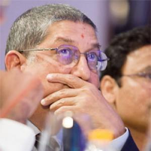 Should Srinivasan attend BCCI's Working Committee Meet? Your say