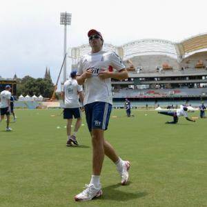 Cook says teams have duty to play Ashes in 'right spirit'