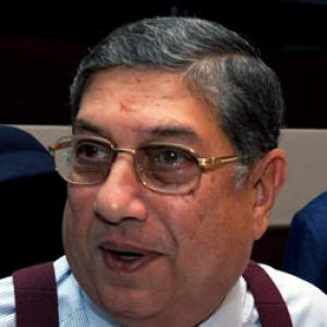 SC restrains Srinivasan from taking charge as BCCI president