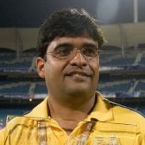 Meiyappan in Mumbai for police probe in betting racket