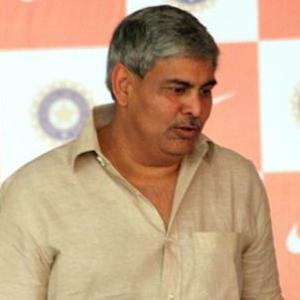Srinivasan is the root of all scandals: Manohar