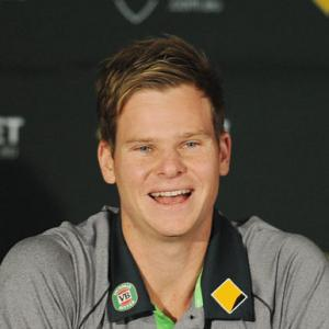 No change in tactics as Steve Smith thrust into hot seat