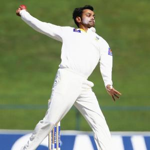 Fit-again Hafeez ready for ICC's action correction test