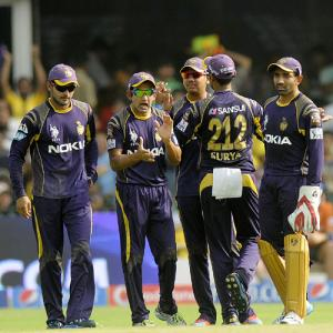 Floundering Kolkata look for revival against struggling Delhi