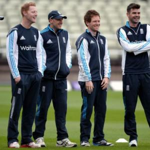 Despite 0-2 deficit, Moores optimistic of England saving ODI series