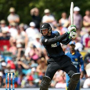 Run machine Guptill guides Kiwis past Sri Lanka in first ODI