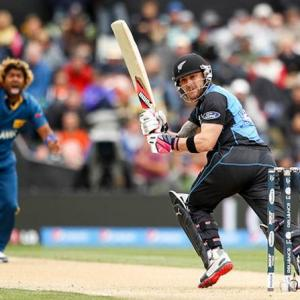 New Zealand open World Cup with big win over Sri Lanka