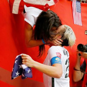 Of kisses and selfies: Family time for US players after World Cup win
