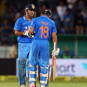 Gary Kirsten: Ridiculous to ask Dhoni to step down