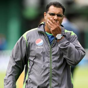 Waqar resigns as Pakistan's coach after World T20 debacle