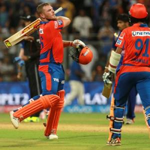Red-hot Gujarat Lions face Sunrisers Hyderabad