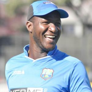 Darren Sammy sacked 'in 30-second phone call'