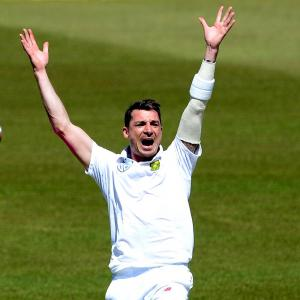 Steyn returns to the top of Test rankings, Ashwin 3rd