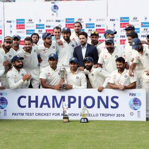 India ends 2016 as World No. 1 Test team