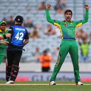 Tainted fast bowler Amir in Pakistan squad for WT20