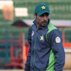 Pakistan pick tainted paceman Amir for New Zealand tour