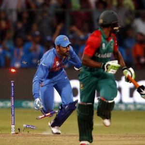 How Captain Cool Dhoni 'finished' off Bangladesh
