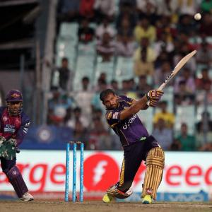 IPL PHOTOS: Yusuf powers KKR in rain-hit game, Pune ousted