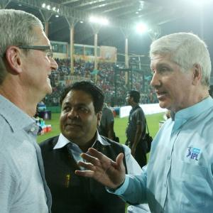 Commentary with Sunny, Ravi, Harsha: Alan Wilkins reveals all