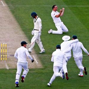 PHOTOS: South Africa humiliate Australia in Hobart to seal series