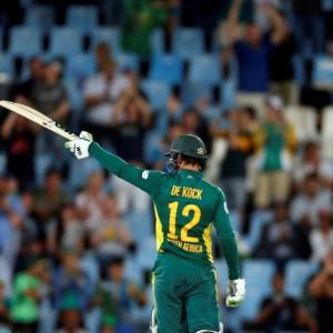 De Kock's stunning 178 gives South Africa massive win vs Australia