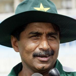 PCB to intervene as Afridi-Miandad spat heats up