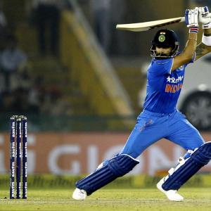 Kohli masterclass sinks Kiwis to take 2-1 lead