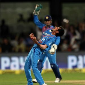 Chahal takes six as India destroy England to win T20I series