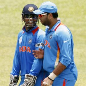 Time to take a call on Dhoni and Yuvraj's ODI future, says Dravid