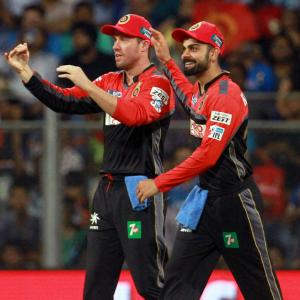 Kohli writes beautiful farewell wish to 'brother' AB de Villiers