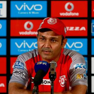 Maxwell did not perform for Kings XI Punjab, says Sehwag