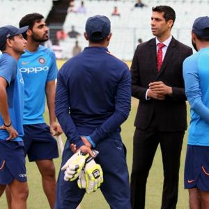 PHOTOS: Commentator Nehra's pep talk for India's bowlers