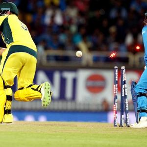 The 'brain fade' moment which cost Australia first T20 ...