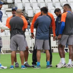 Here's what Shastri told the Indian batsmen