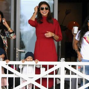 PHOTOS: Anushka is all smiles as Kohli leads India to victory