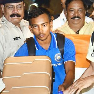PHOTOS: Hero's welcome for victorious U-19 team
