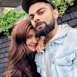 Anushka Sharma steals Kohli's heart once again