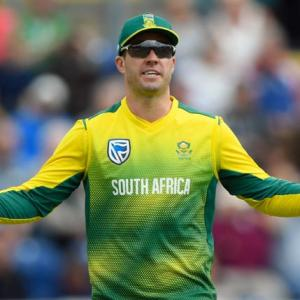 What made AB de Villiers give up international cricket