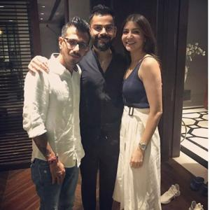 PIX: Kohli, Anushka invite RCB teammates for dinner