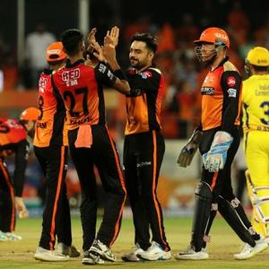 Turning Point: Sunrisers bowling choke CSK