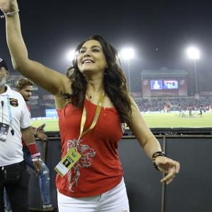 Bollywood stars cheer Preity's Kings XI