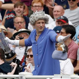 'Queen' spotted celebrating England's World Cup win