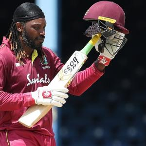 Gayle walks off in style after sizzling knock