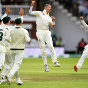 PHOTOS: England vs Australia, 2nd Test, Day 4