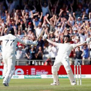 Stokes steers England to incredible win in 3rd Ashes Test